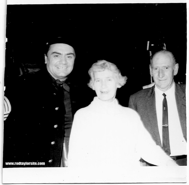 Photo of Ernest Borgnine, Mona Taylor and Bill Taylor.